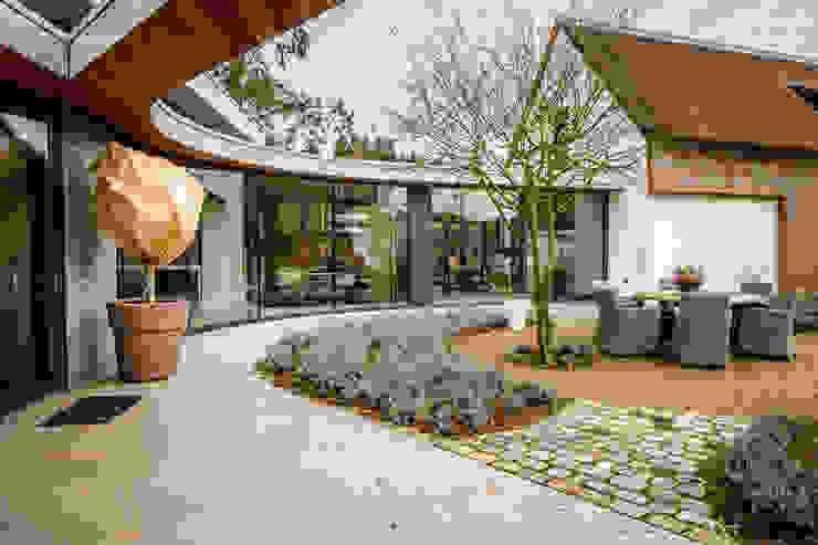 Totaalconcept Villa te Oisterwijk Landelijke balkons, veranda's en terrassen van Drijvers Oisterwijk bv Landelijk Hout Hout