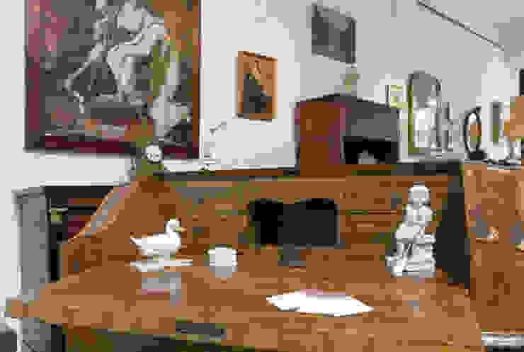 L'Antica s.a.s. Oficinas de estilo moderno