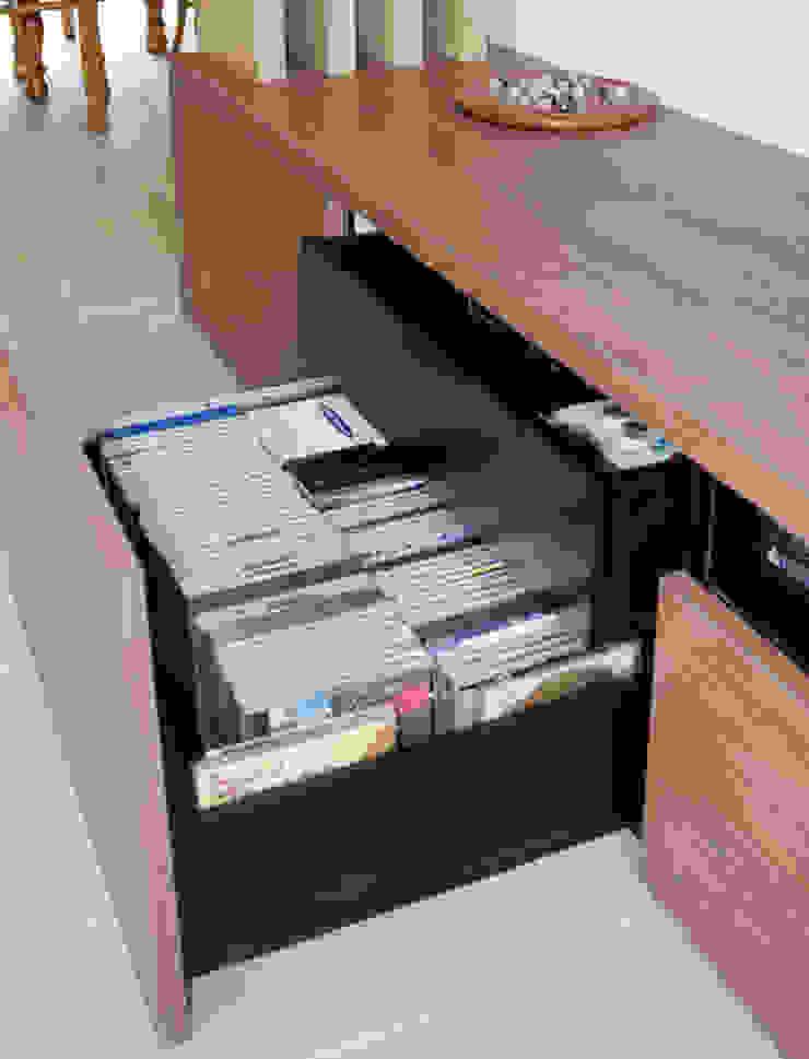 Banc de rangement, tiroirs médias par Kauri Architecture