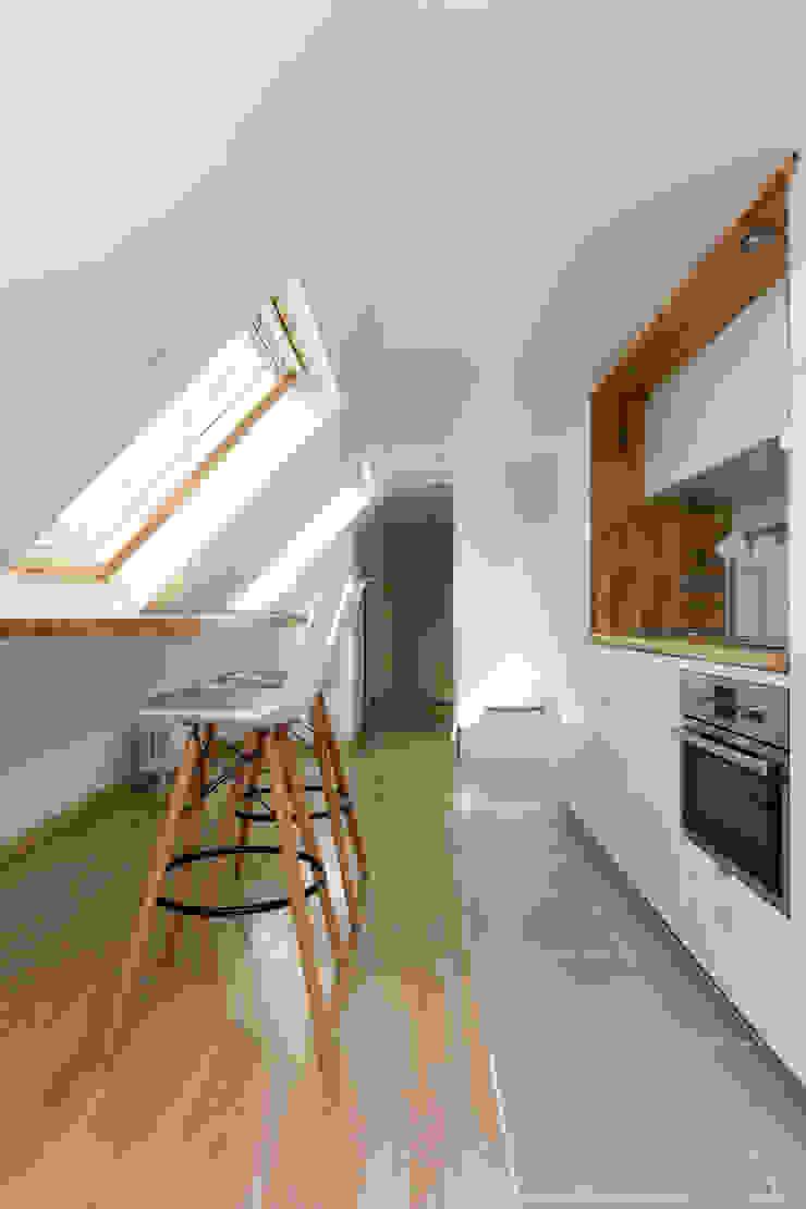 Mon Concept Habitation Scandinavian style dining room