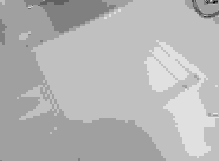 Nowoczesny salon kąpielowy Nowoczesna łazienka od Luxum Nowoczesny