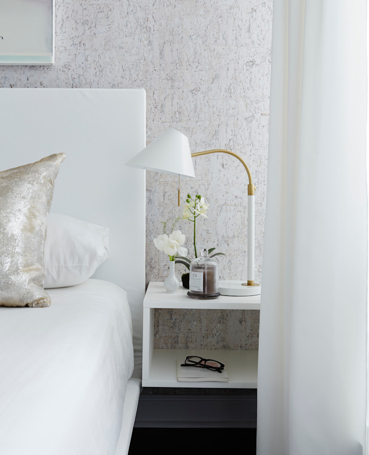 Douglas Design Studio ห้องนอนโต๊ะหัวเตียง White