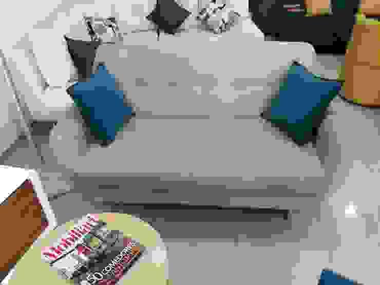 sofa escandinavo Estocolmo de AMOBLARTE MUEBLES Y DISEÑO INTERIOR Escandinavo Lino Rosa