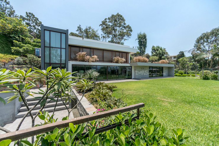 Modern houses by DMS Arquitectas Modern