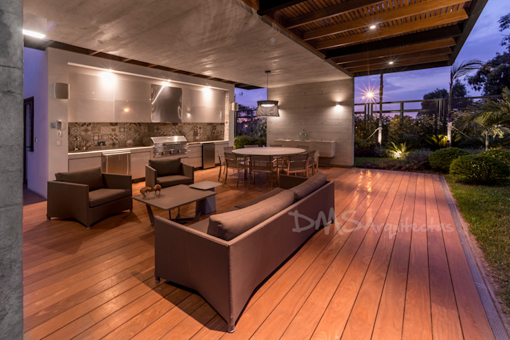 TERRAZA Casas modernas: Ideas, diseños y decoración de DMS Arquitectas Moderno