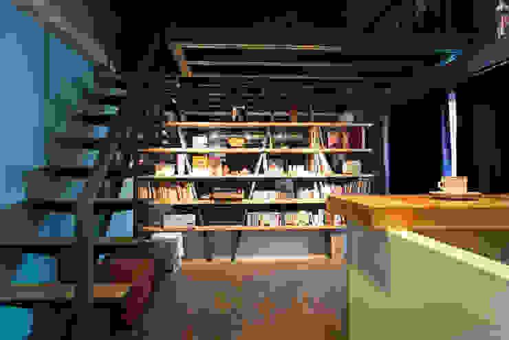 娛樂視聽室 根據 果仁室內裝修設計有限公司 工業風