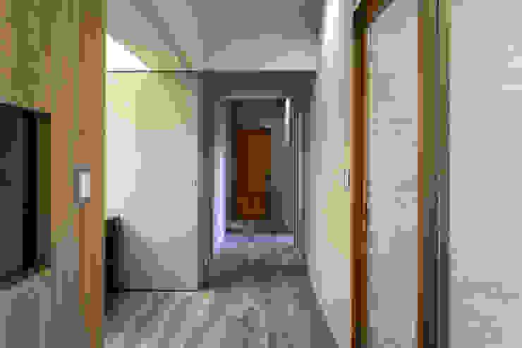 走道 斯堪的納維亞風格的走廊,走廊和樓梯 根據 果仁室內裝修設計有限公司 北歐風