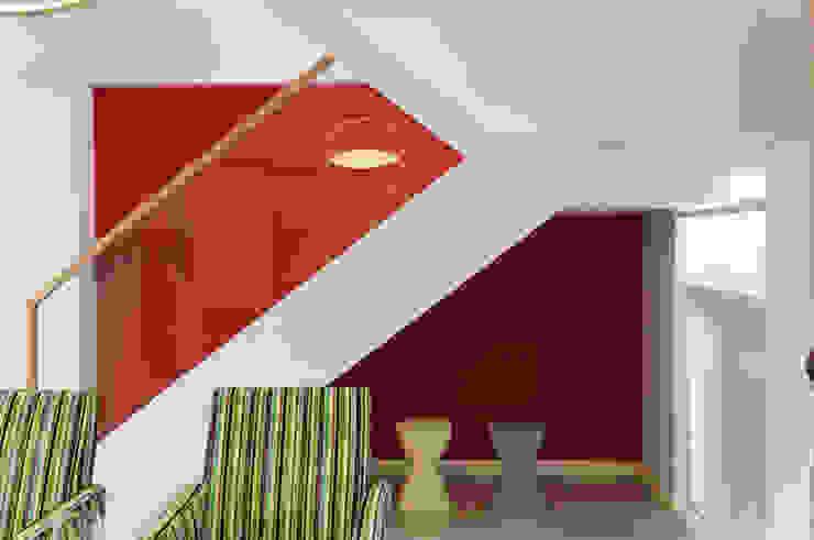 色彩繽紛餐廳 根據 果仁室內裝修設計有限公司 現代風