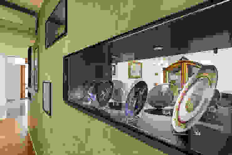 クラシカルスタイルの 玄関&廊下&階段 の Elia Falaschi Fotografo クラシック