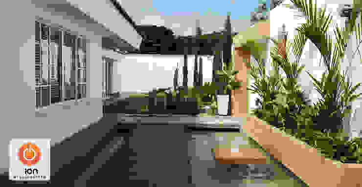 ESPEJO DE AGUA ACCESO CASA CIUDAD JARDIN Jardines de estilo minimalista de ION arquitectura SAS Minimalista