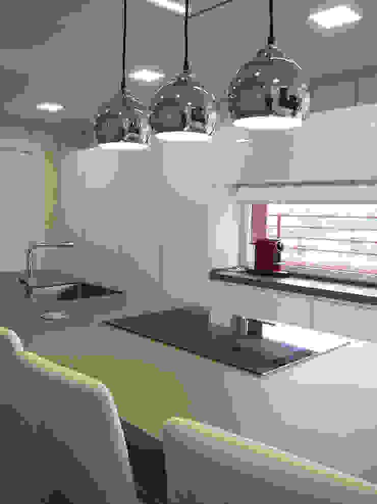 Cocinas aries Muebles de Cocina Aries CocinaArmarios y estanterías Blanco