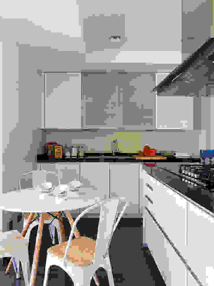 BELEN FERRANDIZ INTERIOR DESIGN ห้องครัว