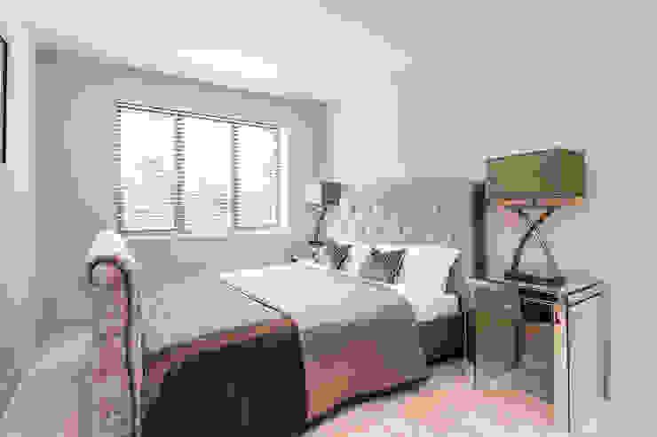 bedroom:  Bedroom by SMB Interior Design Ltd,