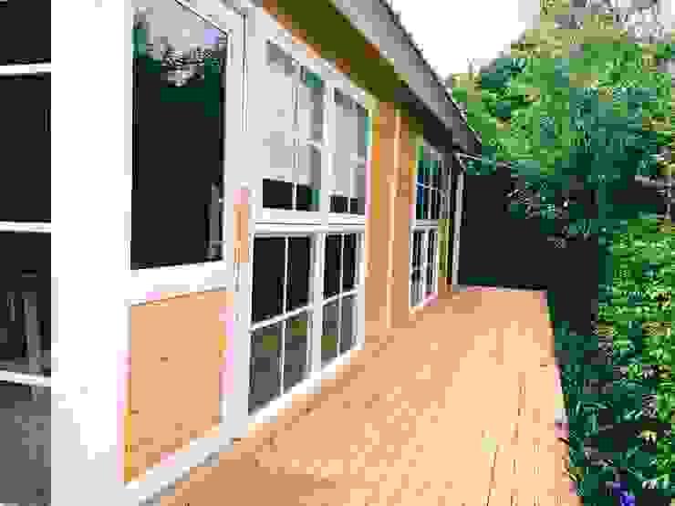 ห้างหุ้นส่วนจำกัด พอสซิเบิล ดีไซน์ Rustic style windows & doors Wood Wood effect