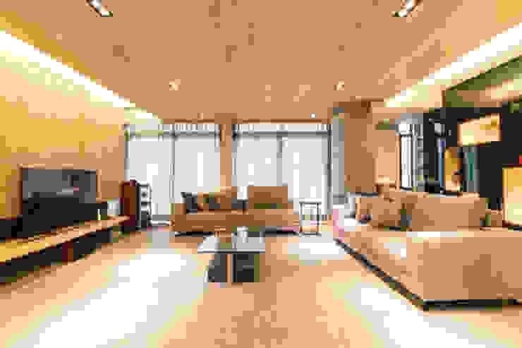 客廳 根據 果仁室內裝修設計有限公司 簡約風