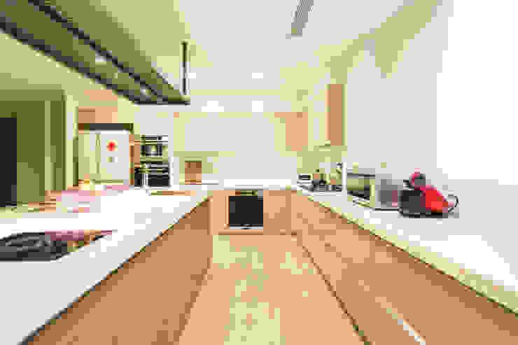 開放廚房 根據 果仁室內裝修設計有限公司 簡約風