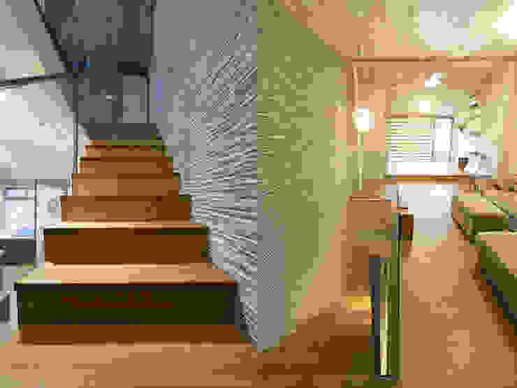 Escaleras de estilo  de 果仁室內裝修設計有限公司