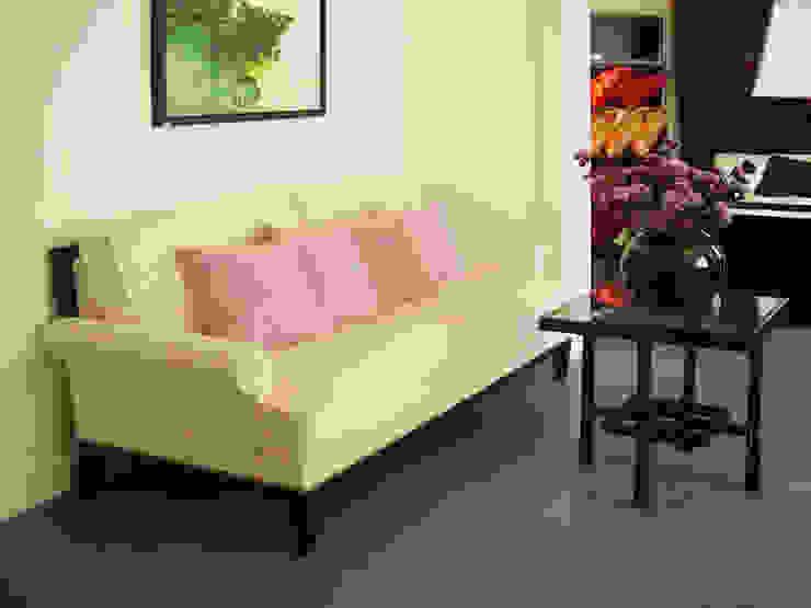 二樓沙發展示 根據 果仁室內裝修設計有限公司 工業風