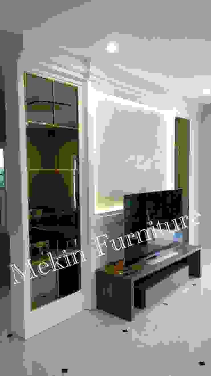 ผลงานของบริษัท โดย Mekin Furniture Hi Gloss Built In