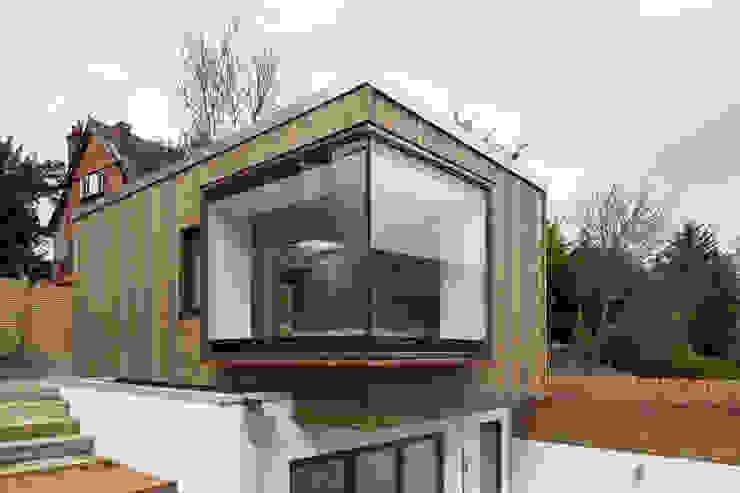 Casas de estilo  por Frost Architects Ltd