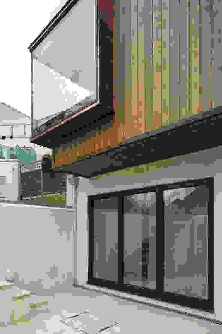 Arthur Road Frost Architects Ltd Modern Houses
