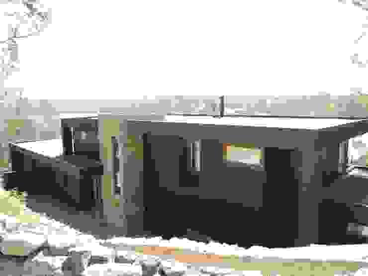 Modern home by David y Letelier Estudio de Arquitectura Ltda. Modern
