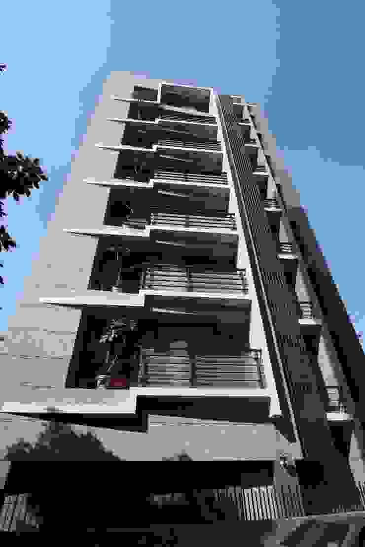 外觀立面 現代房屋設計點子、靈感 & 圖片 根據 CCL Architects & Planners林祺錦建築師事務所 現代風