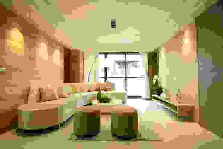 客廳 现代客厅設計點子、靈感 & 圖片 根據 CCL Architects & Planners林祺錦建築師事務所 現代風