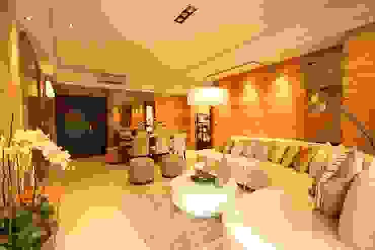 客聽 现代客厅設計點子、靈感 & 圖片 根據 CCL Architects & Planners林祺錦建築師事務所 現代風