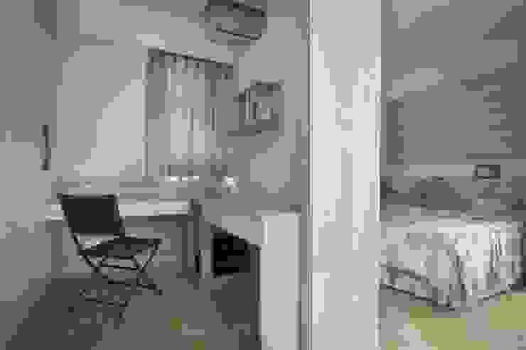 聯上峰景舒適宅 根據 采居空間設計/系統傢俱 北歐風