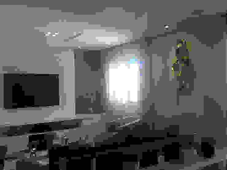 Interior Design + Ligthing—Patricia Armellei Modern Media Room by Patricia Armellei Arquitetura Modern