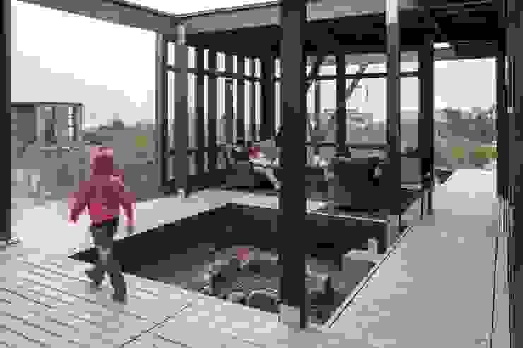 Fogón Balcones y terrazas modernos de MACIZO, ARQUITECTURA EN MADERA Moderno Madera Acabado en madera