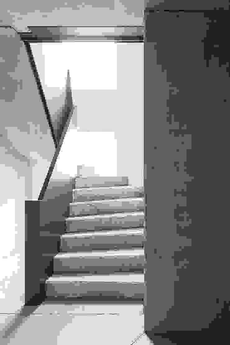 Sehw Architektur Hotel Minimalis Beton Grey
