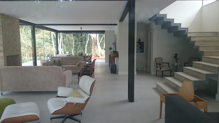 Modern Houses by Carlos Parada & Associados Modern
