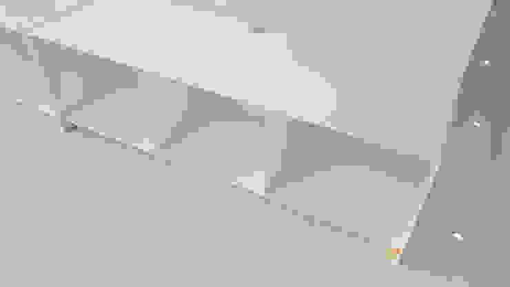 주상복합40평형인테리어: 디자인모리의 현대 ,모던 금속