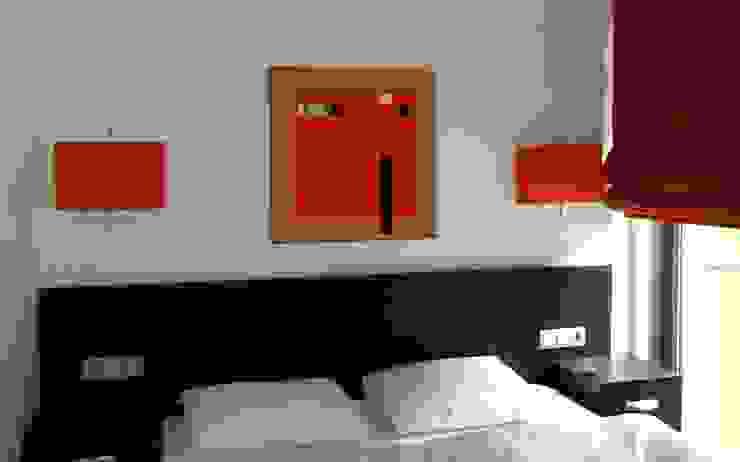 Modern paintings: minimalist  by Nancy Aillery Paintings, Minimalist