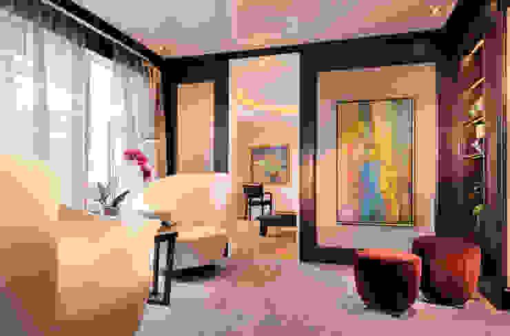 Hunke & Bullmann Modern living room Purple/Violet