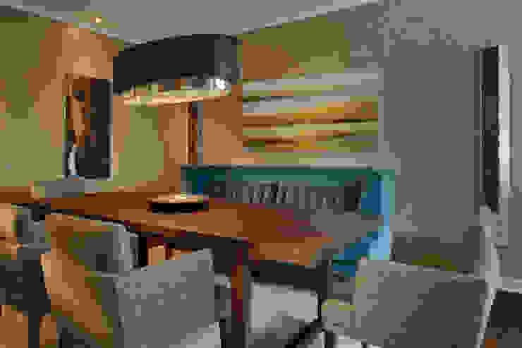 Hunke & Bullmann Modern dining room Brown