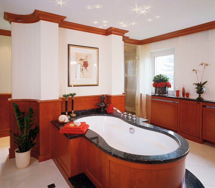 Hunke & Bullmann Classic style bathroom White