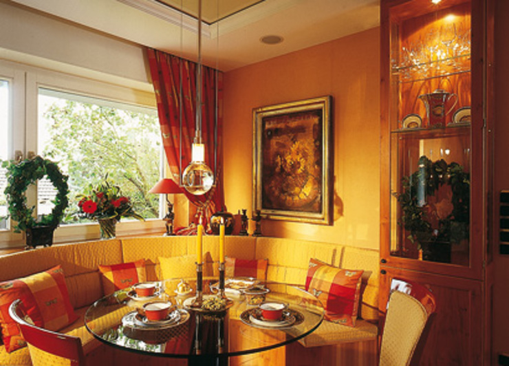 Classic style dining room by Hunke & Bullmann Classic