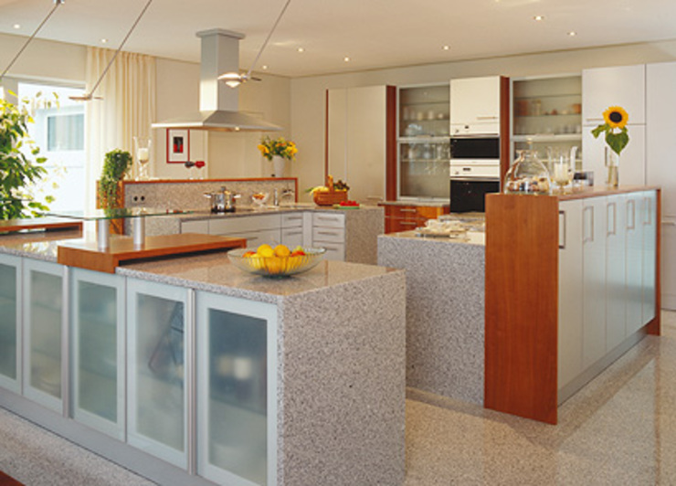 Classic style kitchen by Hunke & Bullmann Classic