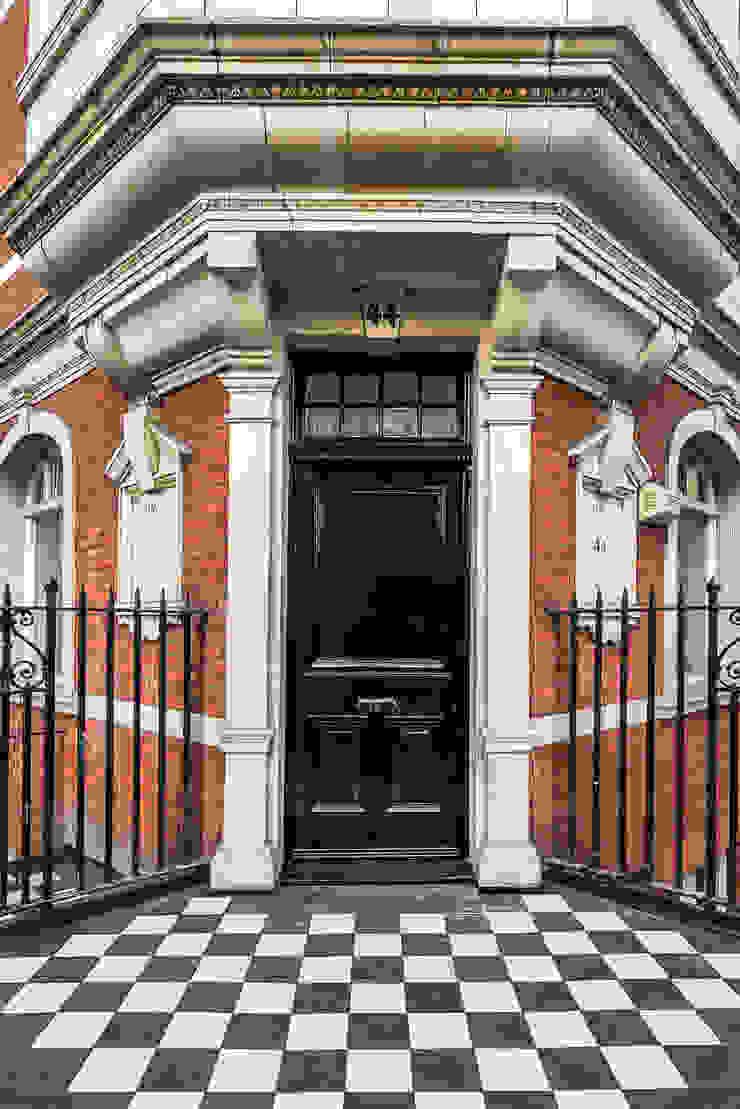 London Portman Refurbishment Classic style houses by designSTUDIO - Lopes da Silva Classic