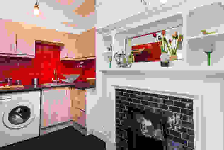 London Portman Refurbishment :  Kitchen by designSTUDIO - Lopes da Silva, Classic