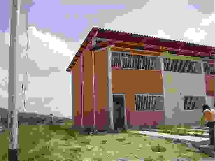 Vivienda original Casas modernas de MARATEA estudio Moderno