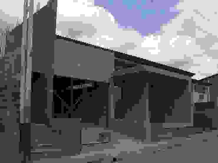 Avance de obra Casas de estilo moderno de MARATEA estudio Moderno Hormigón