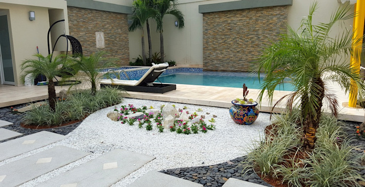 Garden by homify, Tropical