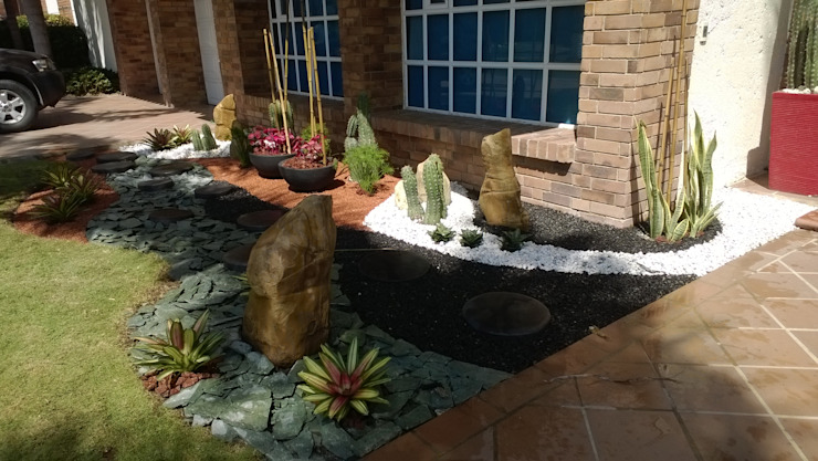 homify Tropical style gardens