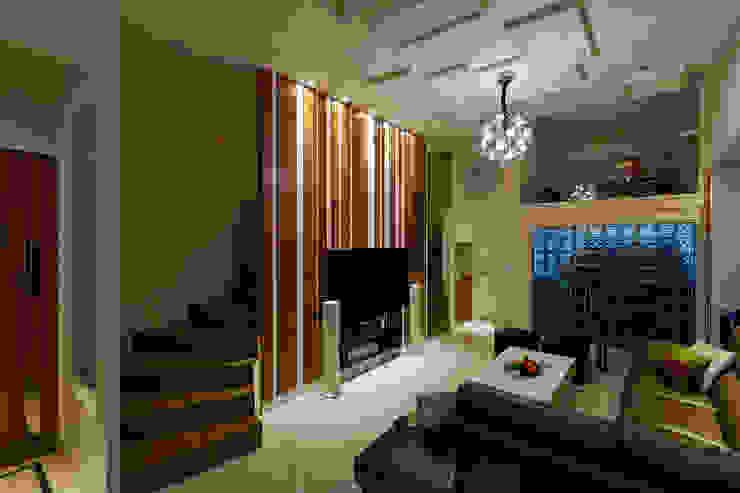 品味混搭設計宅 現代風玄關、走廊與階梯 根據 舍子美學設計有限公司 現代風