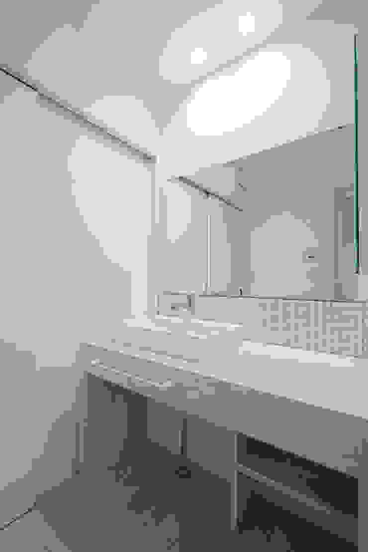 株式会社スタジオ・チッタ Studio Citta Modern bathroom