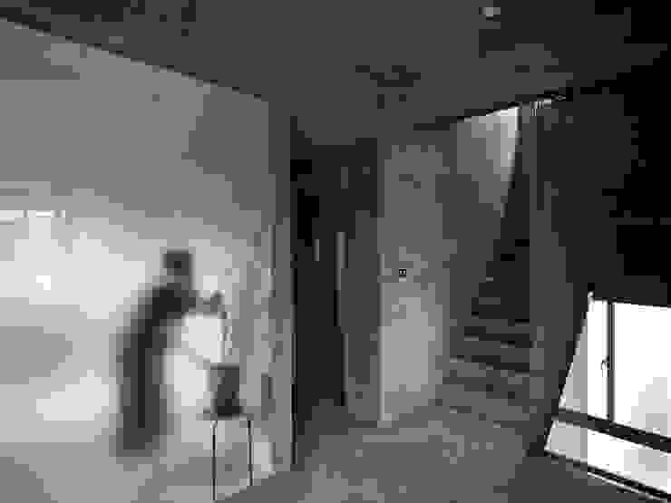 舉重若輕_石頭宅 根據 本晴設計 簡約風 玻璃